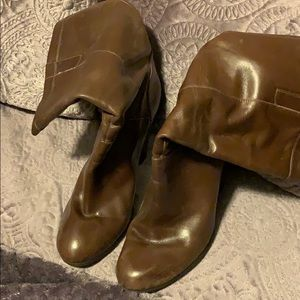 Women's Nine West boots size 8.5